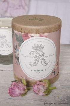 R.A. Shabby Chic Cottage Candle..Perfect packaging!!