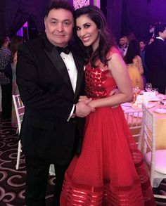 Rishi Kapoor and Sophie Choudry at Hello! Hall Of Fame Awards 2016. #Bollywood #Fashion #Style #Beauty #Hot #Sexy