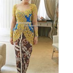 Fitting ... #kebaya #partydress #batik #lace #swarovskicrystals #beads #verakebaya