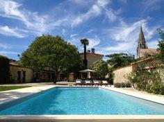 Bekijk deze fantastische advertentie op Airbnb: Stylish House with Pool in Medoc - Huizen te Huur in Bégadan