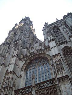 a church in Antwerpen, Belgium
