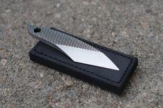 Das Kiridashi kann man sich als eine abgespeckte, Taschenmesser. Es ist eine traditionelle japanische Design, die kompakt und robust ist. Dashi haben eine Vielzahl von Anwendungen wie: schnitzen, schneiden Schnur, öffnen-Boxen, Licht, neugierigen, Gartenarbeit, Splitter, etc. zu entfernen. Im Grunde ist es das ultimative Gebrauchsmesser mit Stil. Einfach und sehr funktionell. Sie messen etwa 4 von der Spitze zum Heck.  Diese Kiridashis werden recycelt von alten Dateien, die Messermacher…