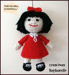 Muñeca Mafalda Amigurumi - Patrón Gratis en Español aquí: http://creacionesbatiburrillo.blogspot.com.es/2014/11/mafalda-amigurimi-con-patron.html