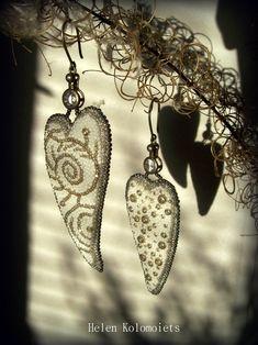"By Helen Kolomoiets. Bead embroidery. Елена Коломоец. Cерьги ""Два ангельских крыла"". Вышивка бисером.   #АнгельскиеКрылья #вышивкабисером #бисерныесерьги #серьгиизбисера #ручнаяработа #эксклюзив  #BeadsEarrings #BeadEmbroidery #BeadEmbroideryEarrings  #ImitationJeweleryVintage #Exclusive  #Handwork #Beds #AngelWings Angel Wings, Beadwork, Drop Earrings, Jewelry, Jewlery, Bijoux, Jewerly, Jewelery, Dangle Earrings"