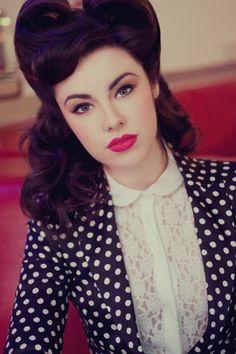 Victory rolls, red lipstick, polka dot blazer!