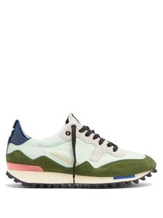 Golden Goose Deluxe Brand Starland suede and nylon low-top trainers Sport Chic, Designer Shoes, Luxury Designer, Fashion Essentials, Shoe Boots, Man Shoes, Casual Sneakers, Green And Grey, Me Too Shoes