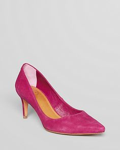 Tory Burch Pointed Toe Pumps - Ivy  YUMMY COLOR NOW, go find your job at FirstJob.com for your entry-level jobs and internships. https://www.firstjob.com  #firstjob #careers #recruiters #jobs #joblistings #jobtips #interview #Jobhunter #jobhunting #humanresources #hr #staffing #grads #internships #entrylevel #career #employment