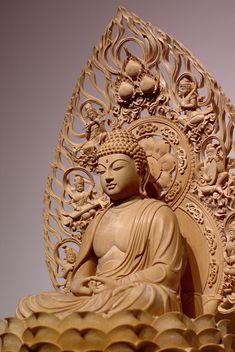 阿弥陀如来坐像Click the link now to find the center in you with our amazing selections of items ranging from yoga apparel to meditation
