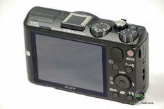 Sony HX60V mit 25 - 720mm  Display und Steuerungselemente (hinten) Sony, Toaster, Kitchen Appliances, Cooking Ware, Home Appliances, Toasters, Kitchen Gadgets, Sandwich Toaster