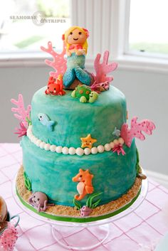 Mermaid Cake by Catia's Cakes, San Diego CA. Found on Seahorse & Stripes