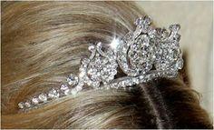 The Royal Order of Sartorial Splendor: Tiara Thursday: Queen Emma's Diamond Tiara from The Netherlands