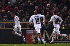 Robin Quaison of Palermo celebrates after scoring the equalizing goal during the Serie A match between Genoa CFC and US Citta di Palermo at Stadio Luigi Ferraris on December 18, 2016 in Genoa, Italy.