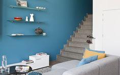 Petrol moodbord woonkamer on pinterest colorful interior - Kleur blauwe verf ...