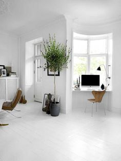 White hot + office (I LOVE that there's a little office nook in front of the window)