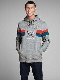 Jack & Jones Regular Fit Print T-Shirt kaufen Cool Sweatshirts For Men, Comfy Hoodies, Printed Sweatshirts, Printed Shirts, Plain Sweatshirts, Sweat Shirt, Tracksuit Jacket, Jeans Fit, Hooded Jacket