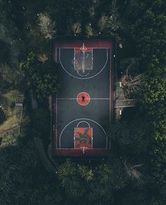 New Basket Ball Court Night 33 Ideas I Love Basketball, Basketball Pictures, Basketball Players, Basketball Drawings, Basketball Fotografie, Basketball Background, Basket Sport, Basketball Photography, Drone Photography