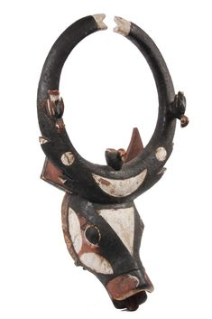 Bwa-Bobo Bush - Cow Mask, Upper Volta/Burkina Faso, in carved and painted wood with three birds roosting, 20th c,