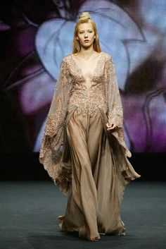 What a Lady of House Yronwood would wear.