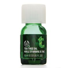 Buy Tea Tree Oil from The Body Shop Malaysia. Our Tea Tree Oil is great for on the spot application .A natural solution to help keep skin looking clear. The Body Shop, Body Shop Tea Tree, Huile Tea Tree, Tea Tree Mask, Just In Case, Just For You, Tea Tree Oil For Acne, Perfume, Male Grooming
