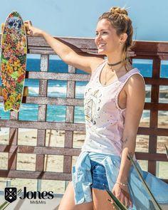 Girls rocks 🌞🌊 Look perfeito para começar o fds, tshirt mystic (119) + Shorts dyed (149) + Camisa jeans (169) 🙌🙌 #heroinadodenim #sexta #feira #tshirt #shorts #camisa #jeans #denim #lookmara #sun #jones #fortaleza #brasil