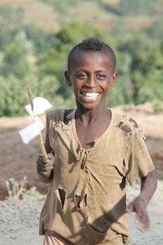 Creativity in a handmade pinwheel! Tembaro, Ethiopia. www.rootsethiopia.org #ethiopia