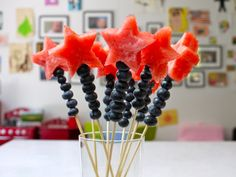 Cute snack idea for kids. Magical Fruits Wands for Your Fourth of July Celebration on Weelicious 4. Juli Party, 4th Of July Party, Fourth Of July, Toddler Meals, Kids Meals, Toddler Recipes, Toddler Food, Holiday Treats, Holiday Recipes