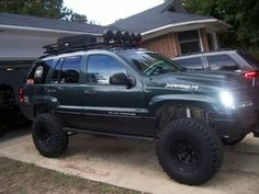 Lifted Wj Jeep Grand Cherokee Laredo, Light Bar for 2001 Jeep Grand Cherokee - Trucks Image Gallery Lifted Jeep Cherokee, Jeep Grand Cherokee Laredo, Jeep Grand Cherokee Limited, Cherokee 4x4, Lifted Cars, Lifted Jeeps, Jeep Wk, Pink Jeep, Jeep Camping