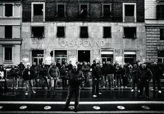 I camerati abusivi di CasaPound: parenti e amici vivono gratis nel centro di Roma