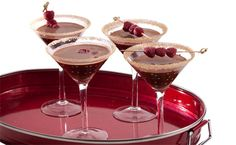 Chocolate Lover's rejoice – a martini just for you! Happy Hour Drinks, Fun Drinks, Yummy Drinks, Beverages, Chocolate Cocktails, Chocolate Martini, Low Calorie Alcohol, Alcohol Calories, Epicure Recipes