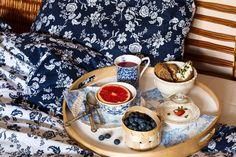 Tmavomodré snění - decoDoma Muesli, Granola, Blue And White, Breakfast, Food, Deco, Morning Coffee, Essen, Decor