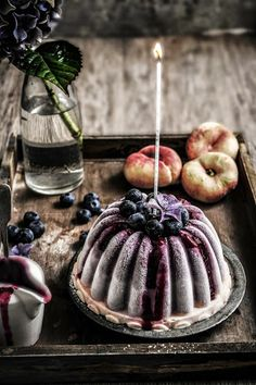 twiggstudios: peach and blueberry frozen yogurt cake