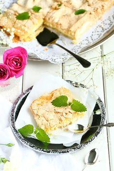 Raparperi-britakakku - Suklaapossu Camembert Cheese, Tuli, Food And Drink, Dairy, Ethnic Recipes