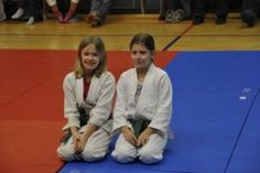 Aikido Kindertraining Linz - Aikido Dojo Hauptschule Auhof: Kinderkyuprüfungen - Februar 2013