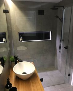 Do not let a small bathroom be a barrier to creating your desire bathroom we've obtained all the small bathroom ideas you'll need Smallbathroom smallbathroomideas fortinyhosuse bathroomideas u is part of Bathroom - Diy Bathroom Remodel, Bathroom Renovations, Bathroom Makeovers, Tub Remodel, Shower Remodel, Budget Bathroom, Bathroom Design Small, Bathroom Interior Design, Bathroom Designs