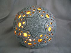 Light Ball Star ceramic by Dreamceramics on Etsy, €19.50