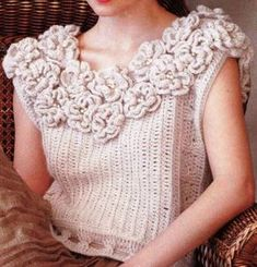 Free Crochet, Crochet Top, Crochet Blouse, Sweater Design, Crochet Clothes, Mittens, Knitwear, Crochet Necklace, Crochet Patterns