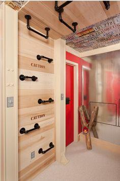 """Ummmm super cool..... a """"climbing room""""..... inside monkey bars! :)"""