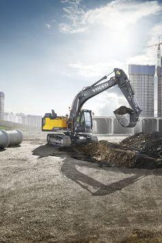 New #Volvo EC160E Boosts Fuel Efficiency & Power | Rock & Dirt Blog Construction Equipment News & Information #Excavators