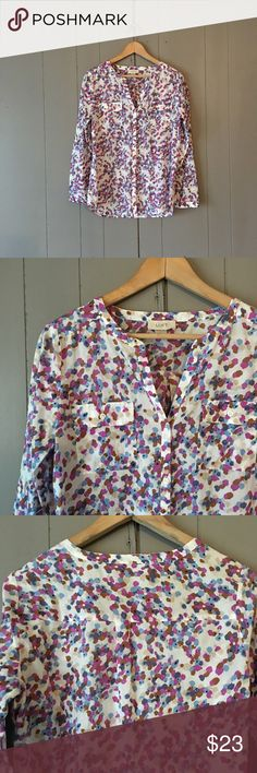 "🍃 Loft Colorful Floral Watercolor Button Down This shirt is so pretty and in excellent condition! Lightweight. Convertible sleeves. Perfect for all seasons! 100% Cotton.  Armpit to armpit is 20"" Length is 26""  ✨✨✨ Offers are always welcome ✨✨✨ ✨ OR-click add to bundle and I'll send you a private offer! LOFT Tops Button Down Shirts"
