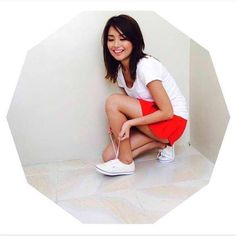 28 Local Celebs and Their White Sneakers Child Actresses, Child Actors, Light Brown Hair, Light Hair, Real Beauty, Asian Beauty, Iran Girls, Half Filipino, Daniel Johns
