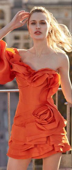 Orange Fashion, Colorful Fashion, Coral Orange, Orange Color, Rainbow Fashion, Style Classique, Orange Crush, Girly Girl, Summer Looks