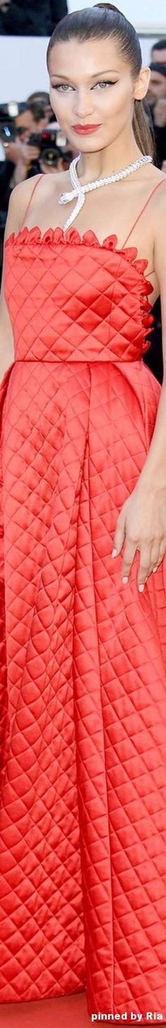 Bella Hadid l Cannes Film Festival 2017 l Ria