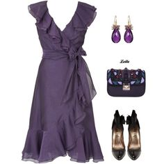 Purple wrap dress with. Ash for Britt's wedding? You look great in this color! Pretty Outfits, Pretty Dresses, Beautiful Dresses, Cute Outfits, Flowy Dresses, Sleeve Dresses, Strapless Dress, Dress Me Up, I Dress