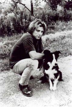 Jon Bon Jovi sits next to his pal. #dogs #pets #BorderCollies Facebook.com/sodoggonefunny