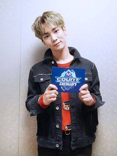 {SNS} 170105 Key - Official SHINee Vyrl Update - posted in Photos:   Source:vyrl Reuploaded by:onboms @shineee.net