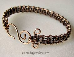 Using 4 bronze wires, a simple weave and spiral clasp