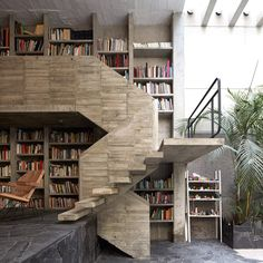 Influenced by Sam Jacob's micro cabin for MINI, we've rounded up homes with their own libraries for this week's Pinterest roundup