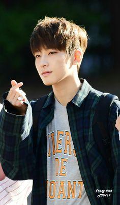Love Sign by Jeon Wonwoo SEVENTEEN . . ccccc [PIC/HQ] 170602 #SEVENTEEN Heading to Music Bank - Wonwoo #세븐틴 #울고_싶지_않아 #원우 [© CrazyThatMW17, Summer Walk, Flipped]