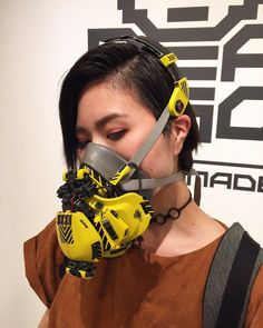 Cyberpunk Clothes, Cyberpunk City, Cyberpunk Fashion, Arte Fashion, Fashion Collage, Gas Mask Girl, Female Cyborg, Drawing Exercises, Cool Masks