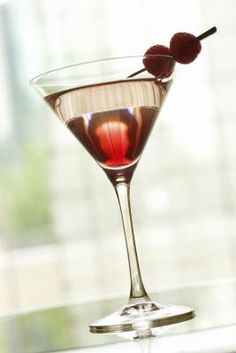 Cómo acomodar los licores en un #bar #pusif #tip #hoyque